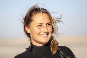Annelous Lammerts babe kitesurf chick pkra-1