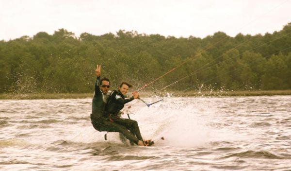 Lea PMR tétraplégique kitesurf-7